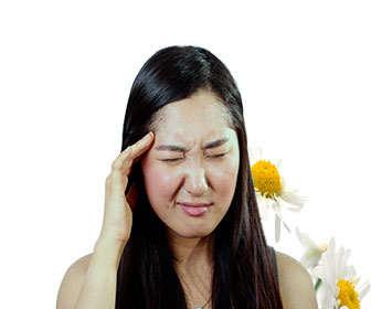 Aliviar los síntomas de la migraña con matricaria o magarza