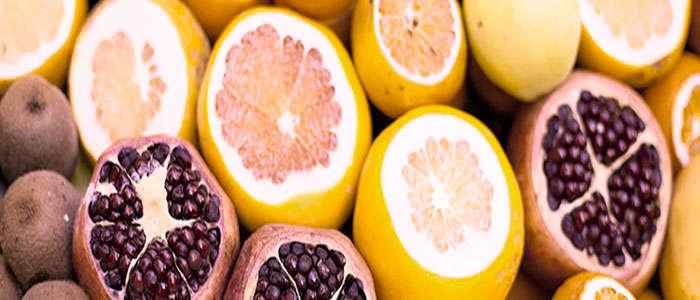 alimentos ricos en naringenina