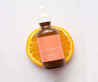 Tratamiento con vitamina C para el rostro
